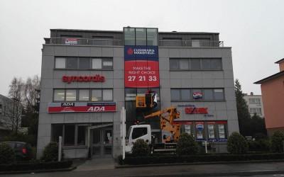 Signalétique Immobilière adhésive pour Cushman & Wakefield